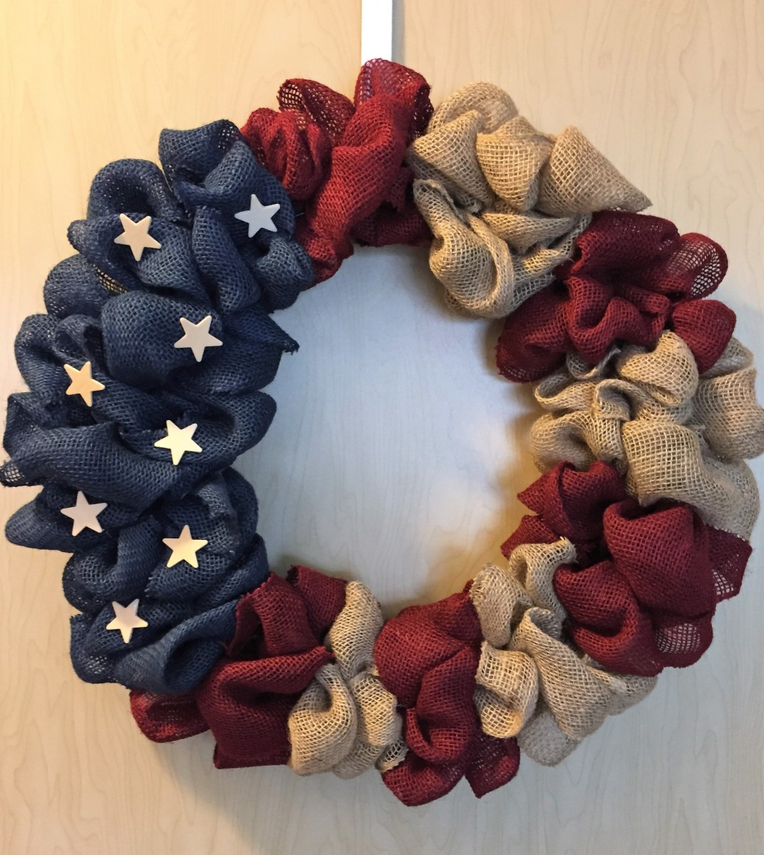 Patriotic Burlap Wreath DIY