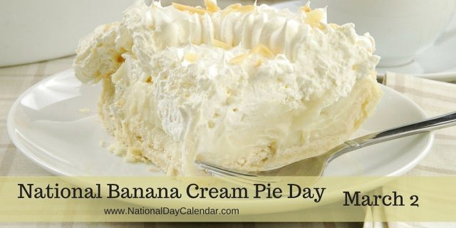 national-banana-cream-pie-day-march-2-1024x512